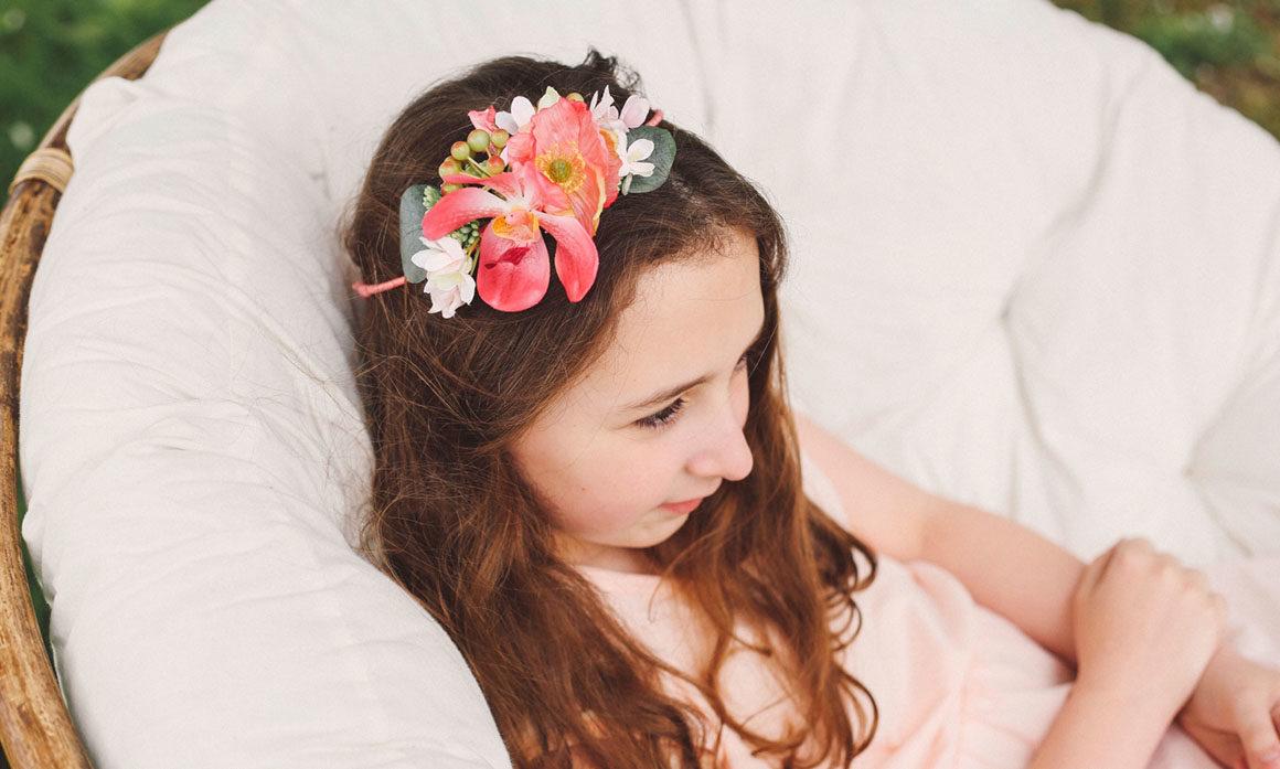 couronne de fleurs enfant mariage couleurs vives fillette princesse rose