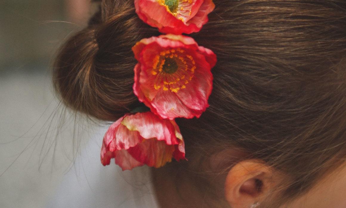 barrette fleur rose vive enfant d'honneur cérémonie mariage pince de princesse