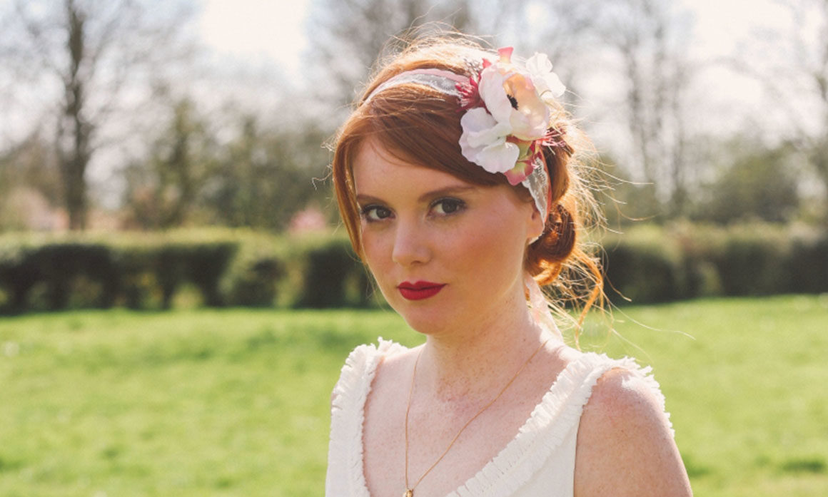 anémone rose dentelle accessoire de tête mariage tendance vintage Lille