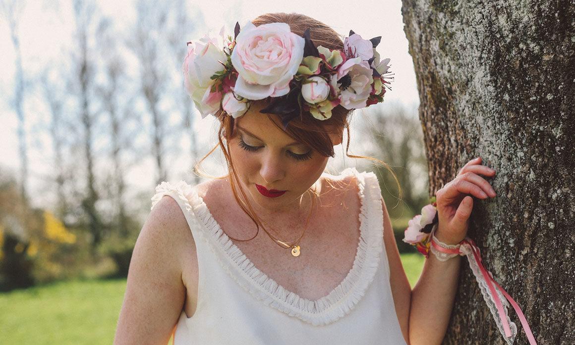anémone rose de jardin hortensia floral crown coiffure de mariée vintage lys violet