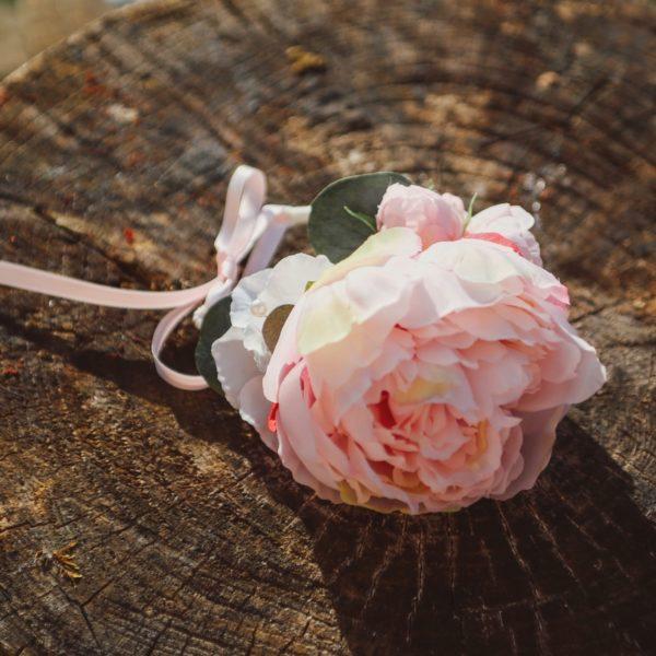 bijou floral mariage rose blanc pivoine témoin mademoiselle