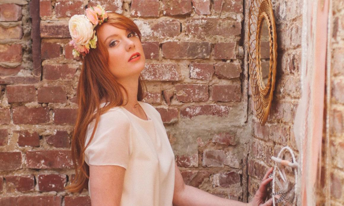 robe Orlane Herbin Lille fleur champêtre mariage coiffure de mariée crème bohème frais