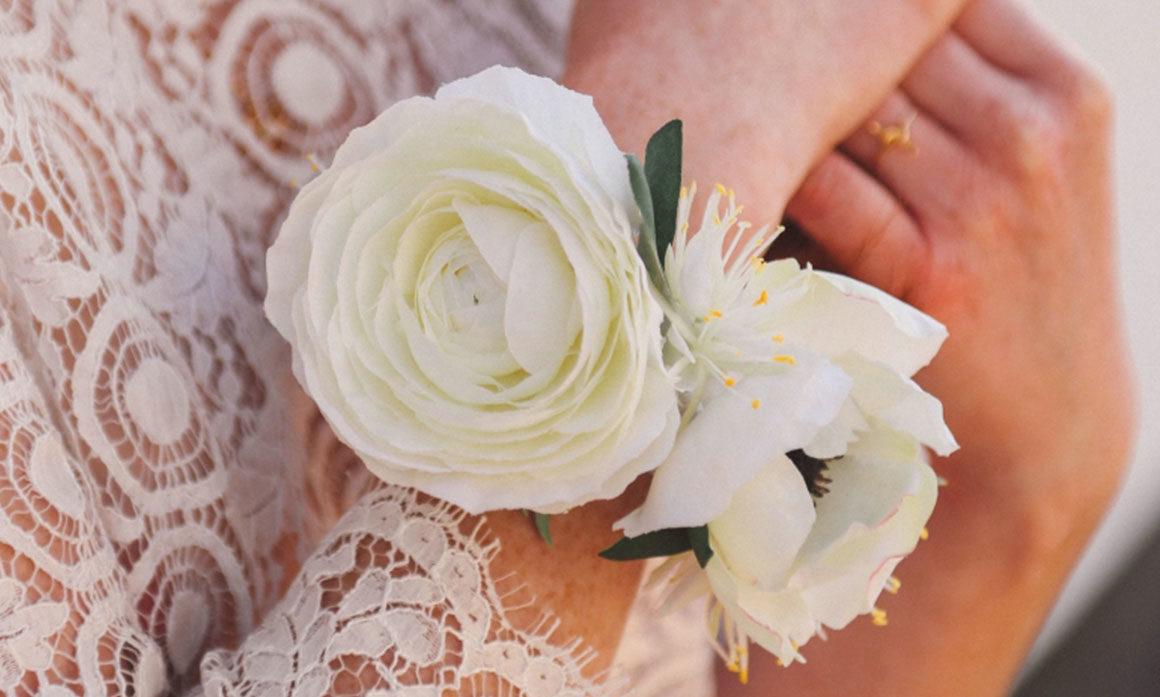 coiffure mariage fleur blanche champêtre intemporel ruban