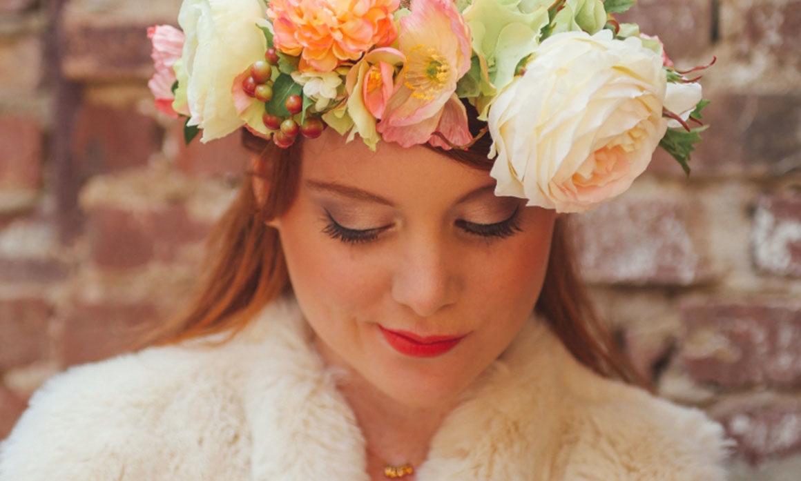 rose coquelicot coiffure mariée ton poudré orangé délicatesse pétillante