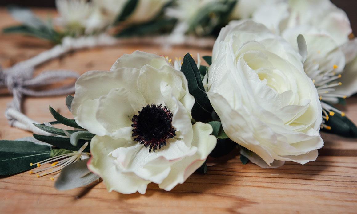 mariage champêtre couronne fleurs blanches poésie