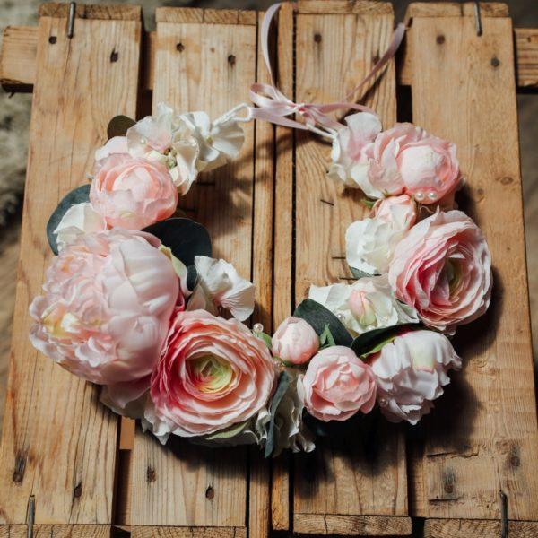 Couronne de fleurs pivoine rose blanc mariage thème romantique bucolique perle Colette bloom couronne flowerpower Mademoiselle Maeva