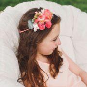 accessoire de tête cortège enfant orchidée coquelicot corail framboise chic printanier