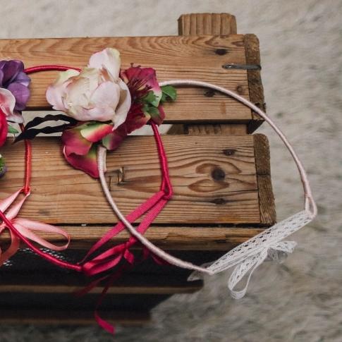 accessoire de tête petite fille d'honneur anémone rose dentelle mariage vintage
