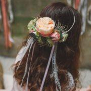accessoire de tête fleurs pastelles thème vintage romantique enfants d'honneur headband