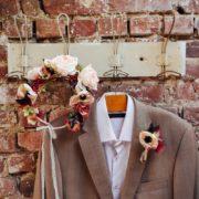 accessoire mariage pochette homme rose poudré anemone retro dentelle