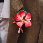 boutonnière mariage fleur cortège camaïeux rose chic marié