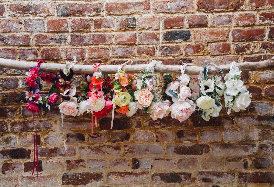 assortiment-couronne-fleurs-artificelle-couleur-mariage-colette-bloom-01