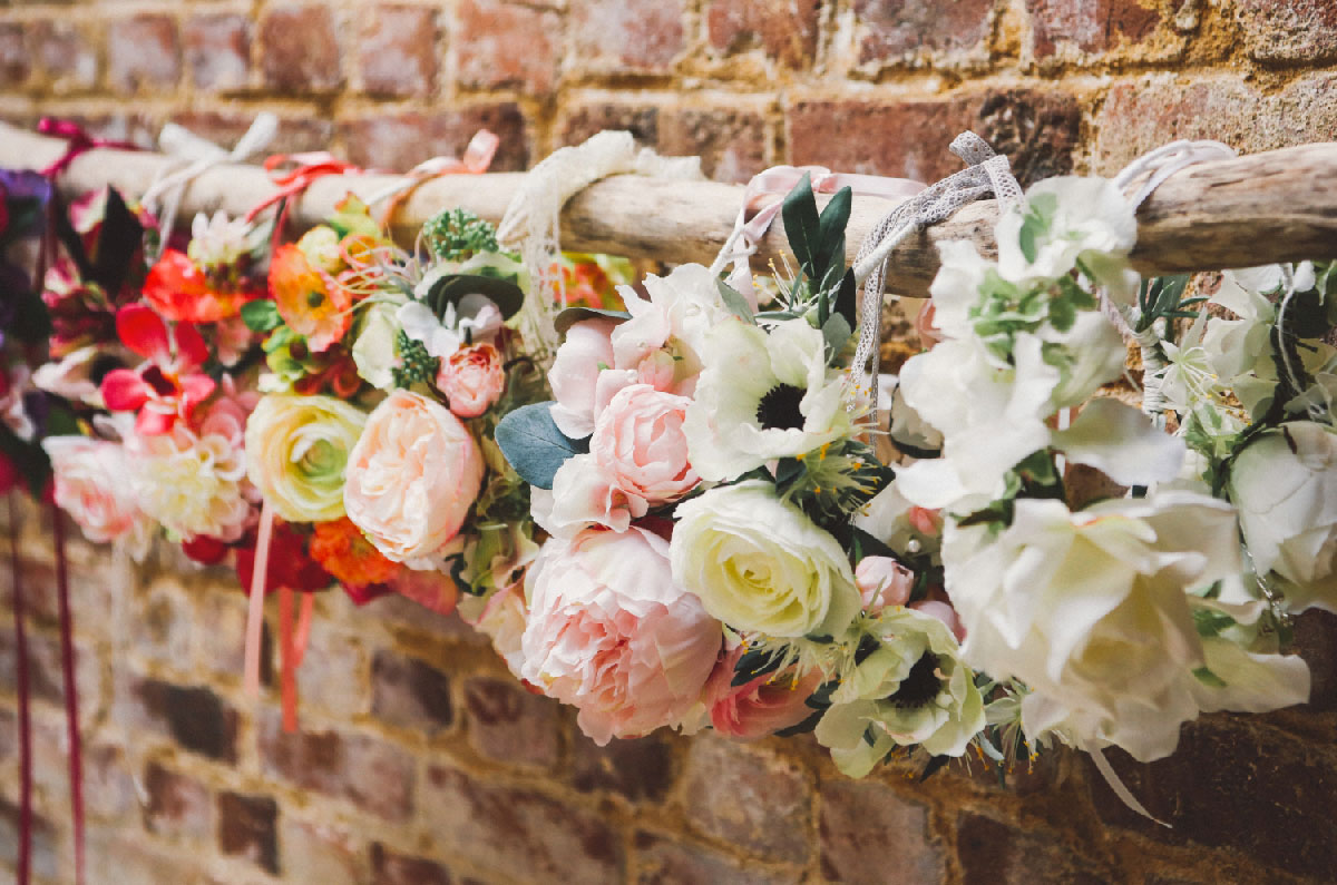 assortiment-couronne-fleurs-artificelle-couleur-mariage-colette-bloom-02
