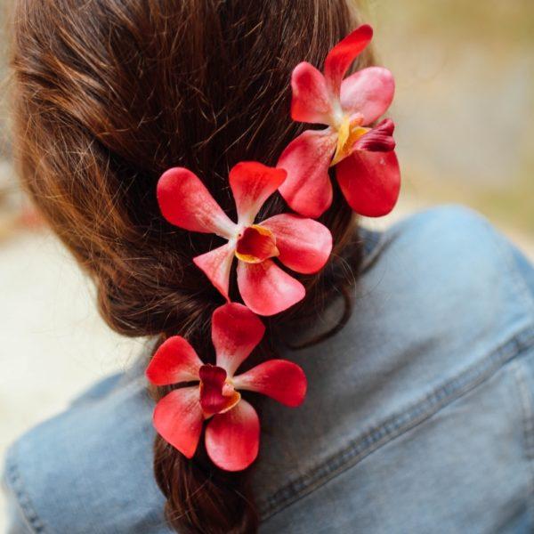 accessoire de tête fleurs colorées enfant cortège mariage baptême communion coiffure cheveux longs