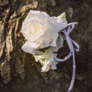 Bracelet fleur témoin cortège cérémonie mariage rose blanche