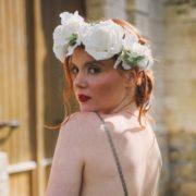 fleurs blanches hortensia rose orchidée mariage chic coiffure mariée poétique wedding flower