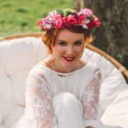 Courone couronne de fleurs mariage coloré pétillant moderne printanier frais coiffure mariée couleur