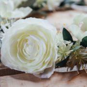 robe de mariée Orlane Herbin couronne de fleurs simplicité blanc gris