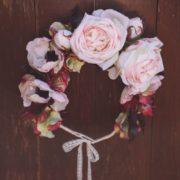 Courone couronne de fleurs rose ancienne anemone prune mariage thème retro bucolique dentelle Mademoiselle emmanuelle