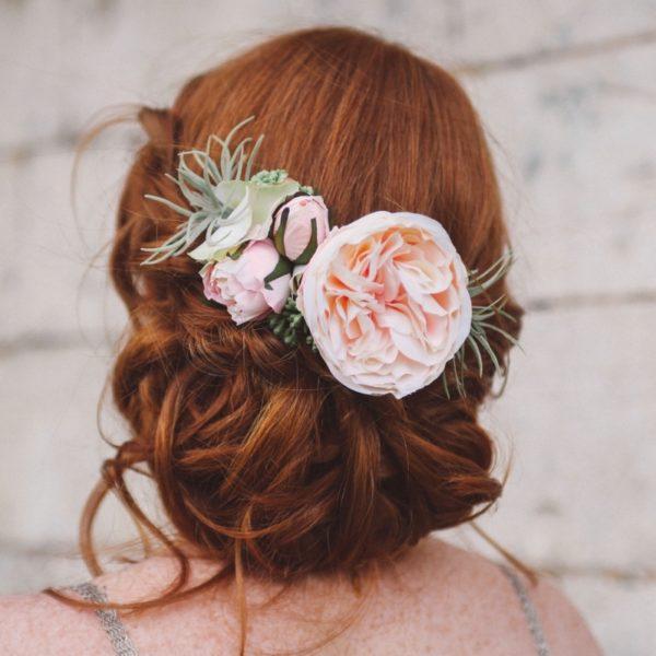 peigne de fleur coiffure rose ancienne mariage poudré mademoiselle marie david austin vuvuzella